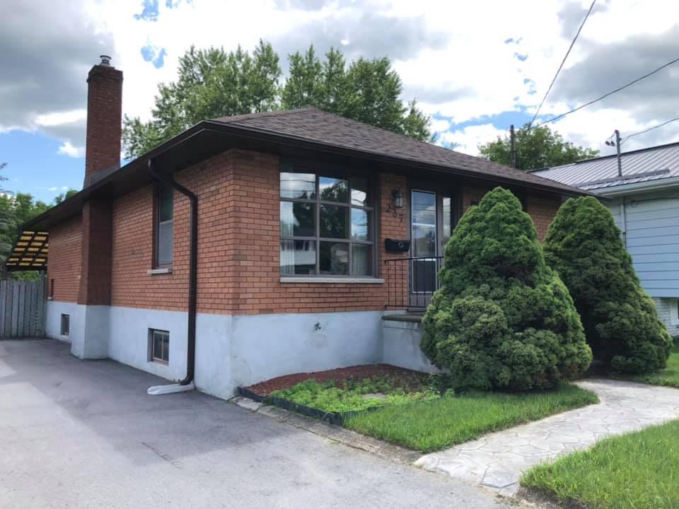 237 W Front Street, Stirling, Ontario  K0K 3E0 - Photo 1 - RP6574372018
